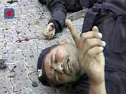 حماس تدعوا الشعوب العربية إلى التظاهر نصرة لغزّة Cov06a11_0-thumb2
