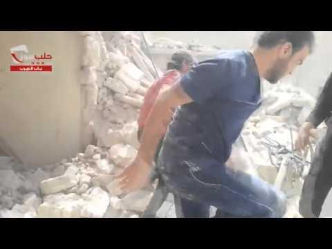 مشهد مؤثر لانتشال طفلة سورية 000_19.jpg?itok=b5BzzSE3
