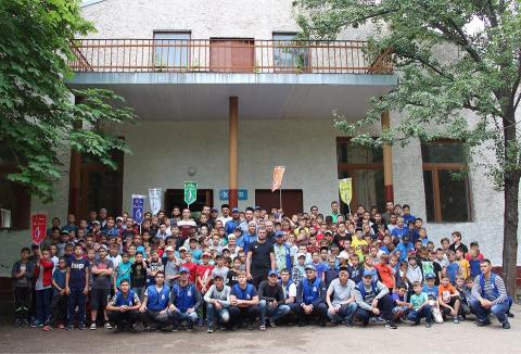 أكبر مخيم صيفي تربوي لأطفال 020202_0.jpg?itok=1qKLt9P7