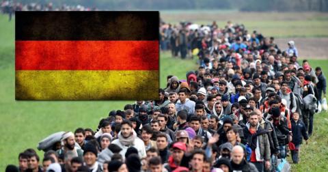 بلدك مستقبلك 020616migrants.jpg?itok=1PPby6aP