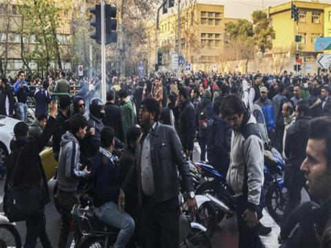 منظمو المظاهرات إيران: عدنا بشكل 1_456.jpg?itok=USaYABn9