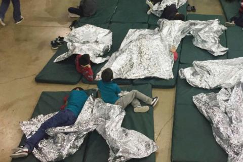 طفلاً لاجئًا زالوا محتجزين الولايات 1_574.jpg?itok=MbtdfALv