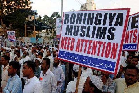 وزير بريطاني يتهرب استخدام الإبادة 2014-Rohingya_742490628_3.jpg?itok=kMpqjEmy