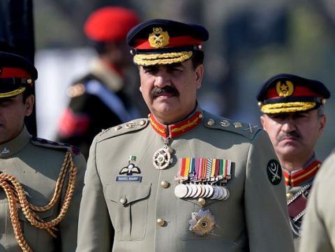 """الجنرال """"شريف"""" يغادر السعودية ليقود 33_37.jpg?itok=9rSW75fi"""