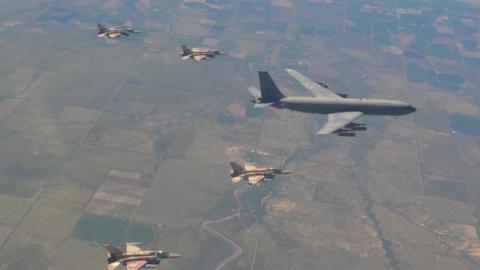 واشنطن تعزز قواتها جنوب سورية 3767585607_0.jpg?itok=hqULUbUQ