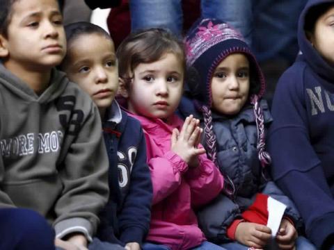آلاف الأطفال المسلمين أسرهم وتسليمهم 44_105.jpg?itok=nP5jKndy