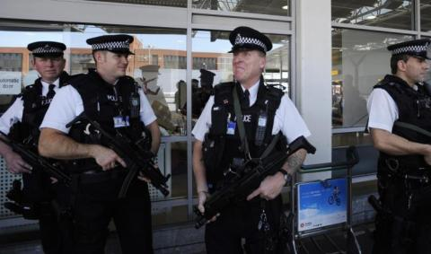 منظمة بريطانية تحتج الاعتقالات العشوائية 55_3.jpeg?itok=Cl8U5O_I