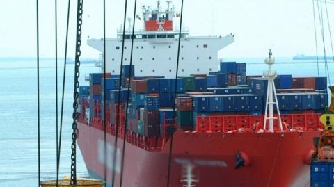 تونس:إحالة سفينة أجنبية محملة بالأسلحة 5_323.jpg?itok=p2DrEr6x