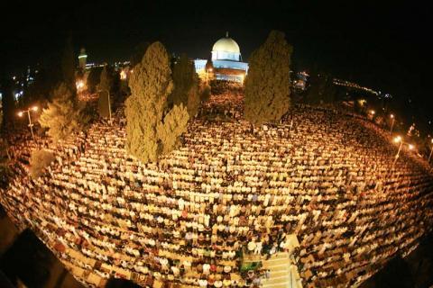 أكثر ثلاثة ملايين مسلم أدوا 5b240bdb-7604-441409047073941.jpg?itok=eXH1xAVm