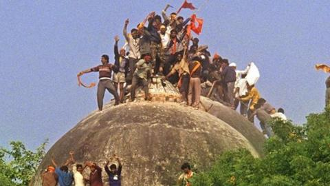 الهند.. المحكمة العليا تعاود قضية 653137b5-a42c-44e8-a1ab-b2cbb7d96f72.jpg?itok=rfSfEAIh