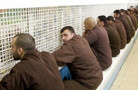 وفاة أسير فلسطيني محرر إضراب 66_49.jpg?itok=LURQ1WJf
