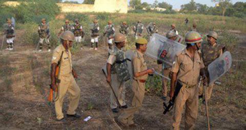 الهند:هندوس يضربون شابين مسلمين الموت 77_72.jpg?itok=axxpdHGD