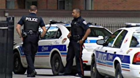 كندا:فتاة مسلمة تتعرض لمحاولة تمزيق 866.jpg?itok=EZBeNBxC