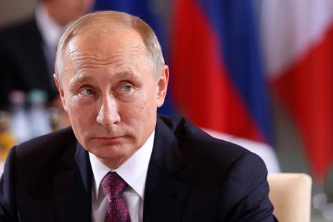 """""""بوتن"""" يوقع اتفاقًا لبقاء قاعدة 88_51.jpg?itok=LfN-n6vJ"""