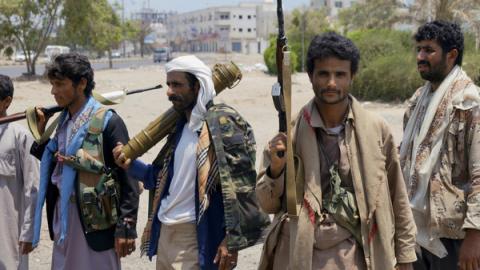 الحوثيون يمنعون تكبيرات العيد بزعم 9_83.jpg?itok=d8lXOuMf
