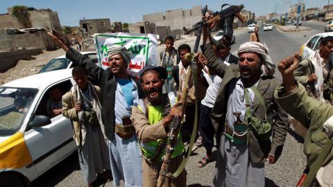 الحكومة اليمنية تتهم الانقلابيين بتعذيب Alyemeny11-02-2015-670128.jpg?itok=3SsC1QI_