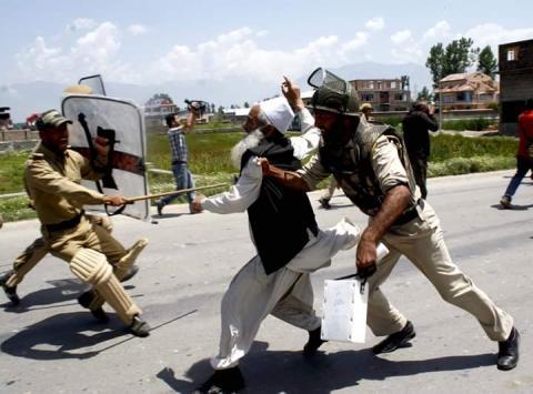 الأمم المتحدة تطالب الهند بوقف C-cKiAcXoAAfh6q.jpg?itok=StKGhDkL