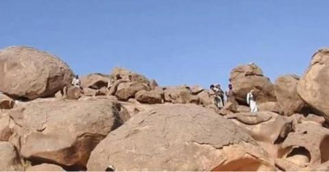 الجيش اليمني يحرر مواقع استراتيجية Dd1hsdDUwAEcBE-.jpg?itok=wKbE8Wff