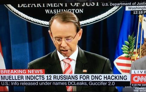 أمريكا تتهم ضابطا الاستخبارات الروسية Dh_50noVQAECNTj.jpg?itok=4V4NMRyJ