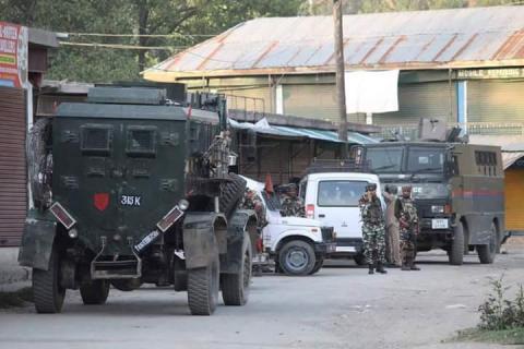 قتلى اشتباكات المقاومة والاحتلال الهندي Dk45X21U8AELQb0.jpg?itok=jVtB4zIK