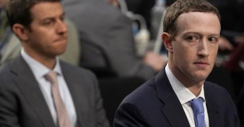 """""""فيسبوك"""" تعترف بتقديم بيانات المستخدمين yafnG_xX.jpg?itok=HSQ78GsF"""